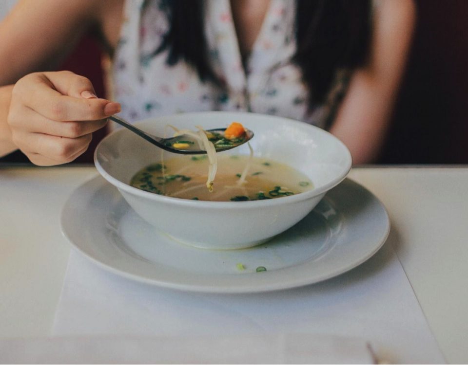 food-lady-eating-soup
