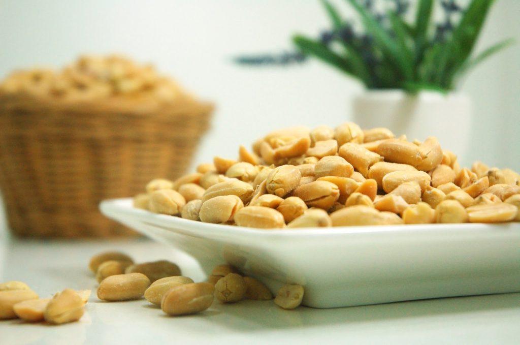 plate-of-peanuts